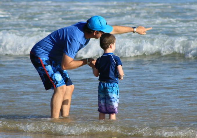Découvrez-pourquoi-votre-attitude-est-si-importante-pour-vos-enfants